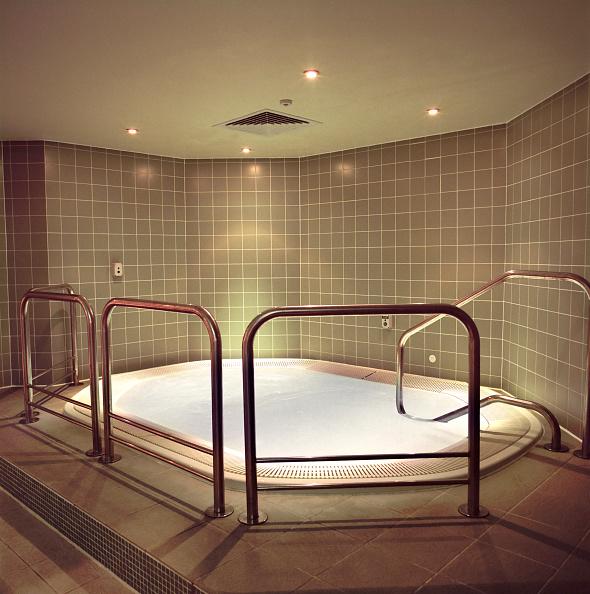 Shallow「Completed refurbishment, Cannons Health club, London」:写真・画像(17)[壁紙.com]