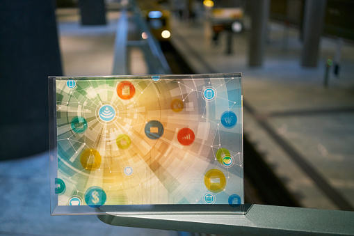 Internet of Things「Futuristic device with digital icons at underground station in the city」:スマホ壁紙(9)