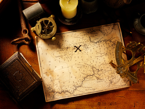 Adventure「Treasure Map and Nautical Equipment」:スマホ壁紙(8)