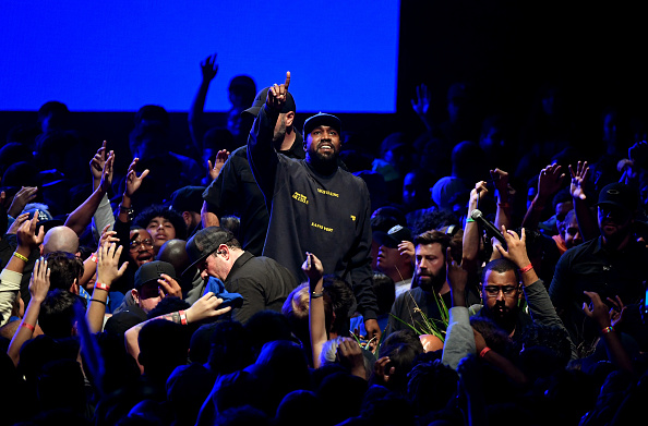 """Performance「Kanye West's """"Jesus Is King"""" Album And Film Experience At The Forum」:写真・画像(10)[壁紙.com]"""