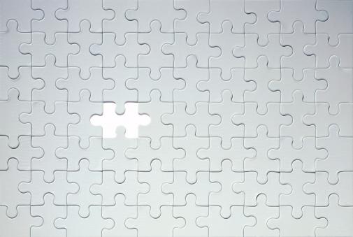 Undone「Piece missing from grey jigsaw puzzle」:スマホ壁紙(7)