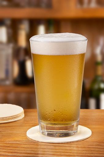 Bar Counter「Freshly Poured beer」:スマホ壁紙(9)