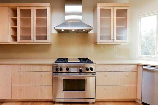 Oven「Stove and hood in modern kitchen」:スマホ壁紙(14)