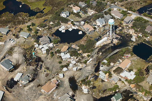 Extreme Weather「USA, Aerial view of Hurricane Isabel destruction along the Outer Banks of North Carolina near Kitty Hawk」:スマホ壁紙(9)