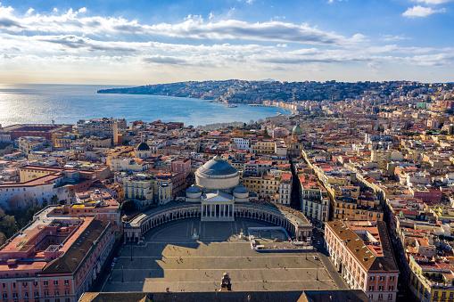 Tyrrhenian Sea「Aerial View of Naples, Italy」:スマホ壁紙(2)