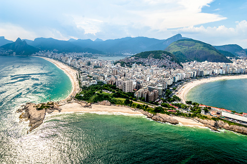 South America「Aerial view of Arpoador in Rio de Janeiro.」:スマホ壁紙(10)