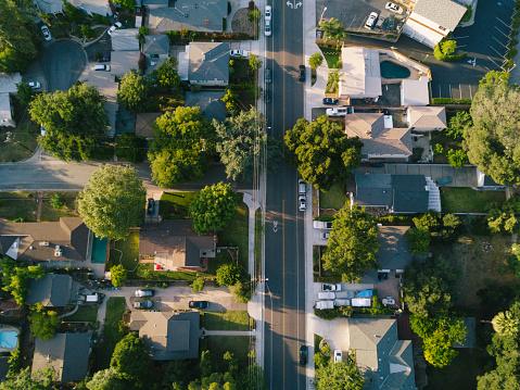 Cul-de-sac「Aerial View of Houses」:スマホ壁紙(12)