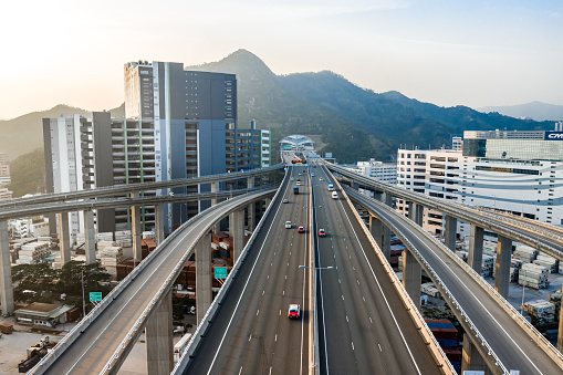 Road Construction「Aerial view of traffic and overpasses in Hong Kong」:スマホ壁紙(17)