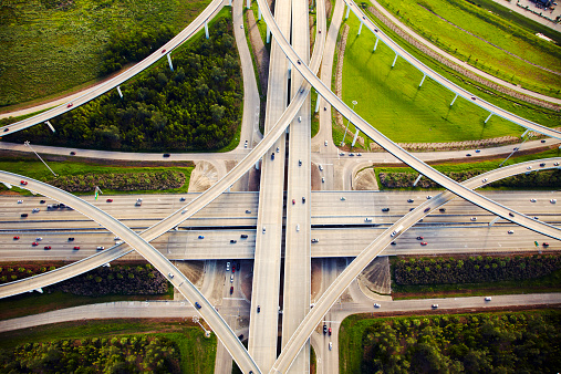 Part of a Series「Aerial view of traffic and overpasses」:スマホ壁紙(5)