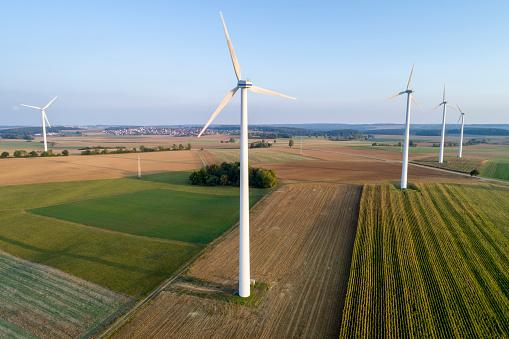 Mill「Aerial View of Wind Turbines」:スマホ壁紙(4)