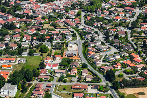 Auvergne-Rhône-Alpes「Aerial view of french town of Ambronay in Auvergne-Rhone-Alpes region streets and houses with yard」:スマホ壁紙(15)