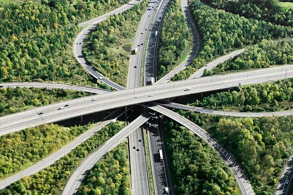 Road「Aerial View of major motorway road intersection」:写真・画像(11)[壁紙.com]