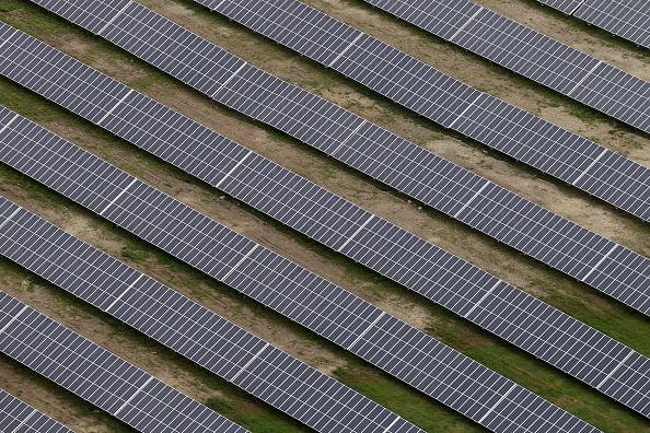 Environmental Conservation「Aerial Views Of Solar Power Plant In Peiting」:写真・画像(8)[壁紙.com]
