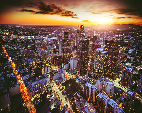City Of Los Angeles「aerial view of the Los Angeles downtown at dusk」:スマホ壁紙(18)