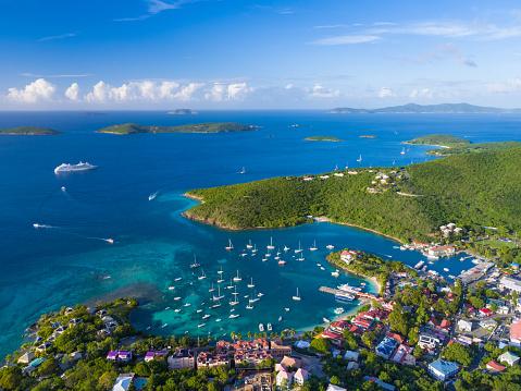 Caribbean「aerial view of Cruz Bay, St.John in US Virgin Islands」:スマホ壁紙(18)