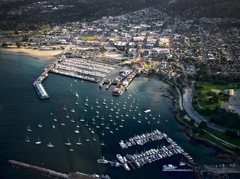 City of Monterey - California「Aerial view over Monterey, California, USA」:スマホ壁紙(1)