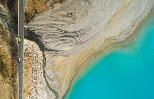 South Island New Zealand「Aerial view of road next to lake.」:スマホ壁紙(8)