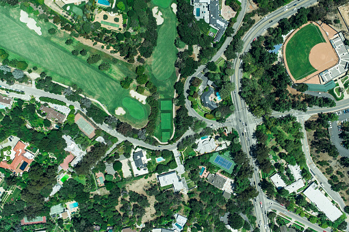 Sand Trap「Aerial view of suburbian housing and golf courses」:スマホ壁紙(18)