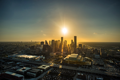 Remote Location「Aerial view of Houston at sunset」:スマホ壁紙(2)