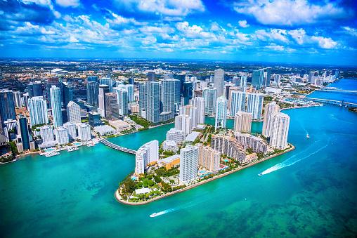 Waterfront「Aerial View of Downtown Miami Florida」:スマホ壁紙(7)