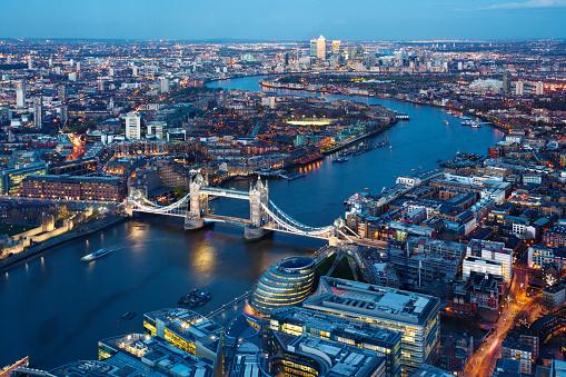 London Bridge - England「Aerial view of city, London, England, UK」:スマホ壁紙(2)