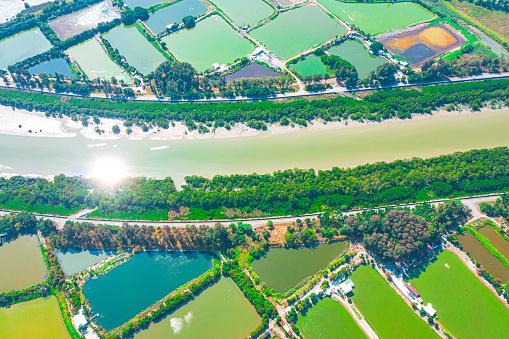 River「Aerial view fish ponds in Hong Kong border」:スマホ壁紙(15)