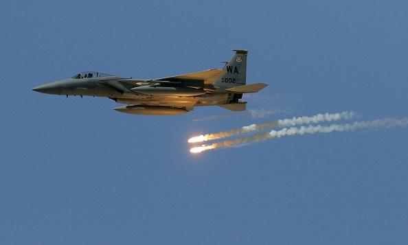 USAF「USAF Tests Weapons In Nevada Desert」:写真・画像(8)[壁紙.com]