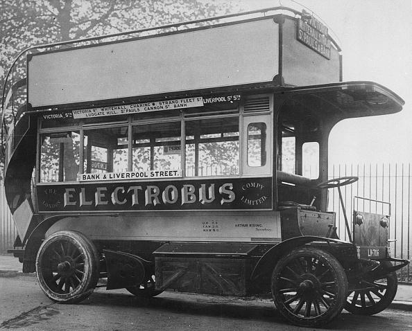 Bus「1907 London Electrobus. Creator: Unknown.」:写真・画像(10)[壁紙.com]