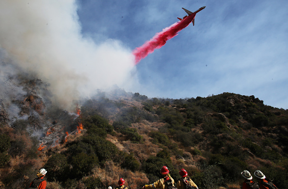 Mode of Transport「Brushfire Threatens Home In Pacific Palisades Section Of Los Angeles」:写真・画像(5)[壁紙.com]