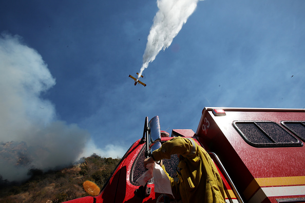 Mode of Transport「Brushfire Threatens Home In Pacific Palisades Section Of Los Angeles」:写真・画像(6)[壁紙.com]