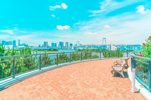 Shinbashi - Tokyo「Tokyo waterfront panorama Odaiba landmark island bay Rainbow Bridge Japan」:スマホ壁紙(2)