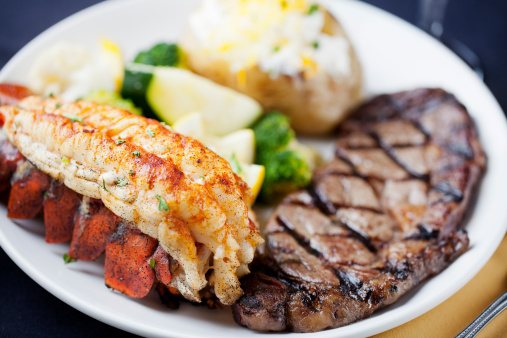 Seafood「Surf and turf: dinner of steak, lobster tail」:スマホ壁紙(16)