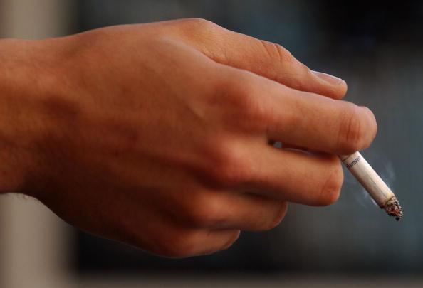 Cigarette「U.S. To Support Anti-Smoking Treaty」:写真・画像(3)[壁紙.com]