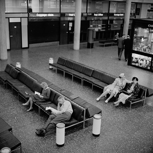 Bench「Gatwick Airport」:写真・画像(18)[壁紙.com]