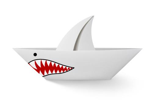 Aggression「Paper boat shark」:スマホ壁紙(1)