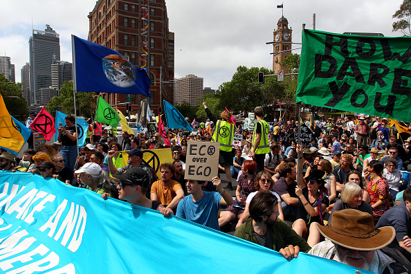 Sydney「Australians Protest Climate Change As Part Of Global Rebellion」:写真・画像(1)[壁紙.com]