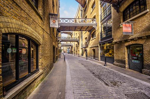 Alley「UK, London, Southwark, Empty lane」:スマホ壁紙(3)
