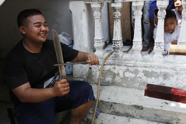 Sharpening「Eid Al-Adha Celebrated Across Indonesia」:写真・画像(16)[壁紙.com]
