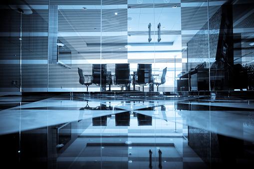 Corporate Business「Modern Boardroom」:スマホ壁紙(4)