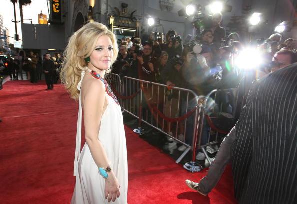 """Atmosphere「Premiere Of HBO Films' """"Grey Gardens"""" - Arrivals」:写真・画像(18)[壁紙.com]"""
