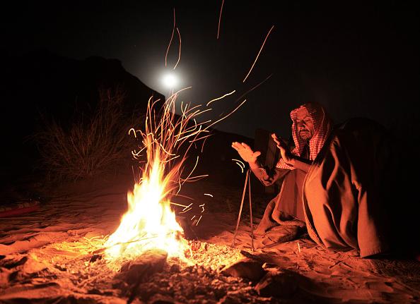 Camping「Scenes of Wadi Rum」:写真・画像(16)[壁紙.com]
