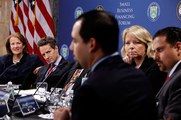Treasury - Finance and Government「Geithner Hosts Small Business Financing Forum」:写真・画像(6)[壁紙.com]