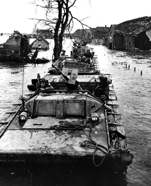 Netherlands「Tanks In Flood」:写真・画像(18)[壁紙.com]