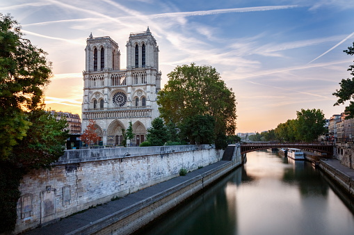 Cathedral「Cathedral of Notre Dame front view at dramatic dawn – Paris, France」:スマホ壁紙(11)