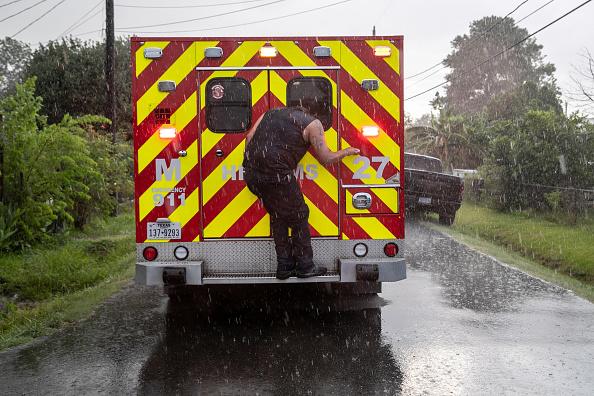 トピックス「Houston Fire EMS Faces Continued Surge Of Coronavirus Cases」:写真・画像(19)[壁紙.com]
