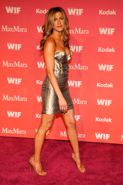 Strapless「Women In Film 2009 Crystal And Lucy Awards - Arrivals」:写真・画像(17)[壁紙.com]