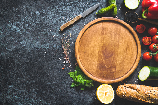 Kitchen Knife「Cooking background with cutting board and vegetables」:スマホ壁紙(12)