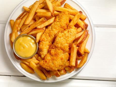 Crunchy「Chicken Strips with French Fries」:スマホ壁紙(3)
