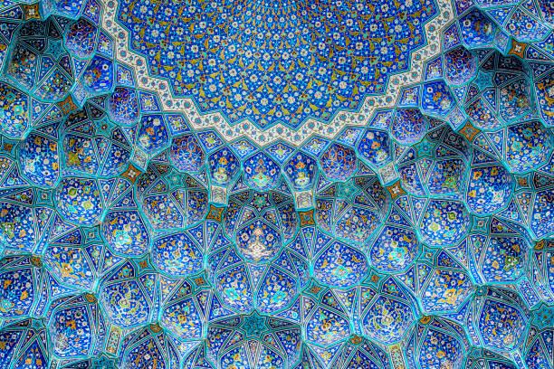 Tilework at Shah Mosque on Imam Square, Isfahan, Iran:スマホ壁紙(壁紙.com)