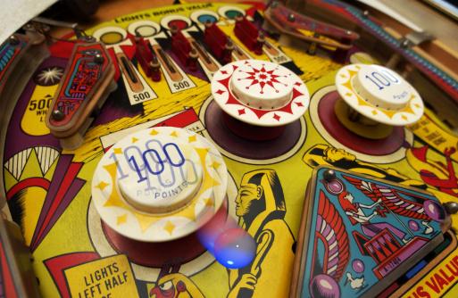 Leisure Games「Pinball machine」:スマホ壁紙(19)